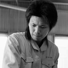 塚本 有希夫